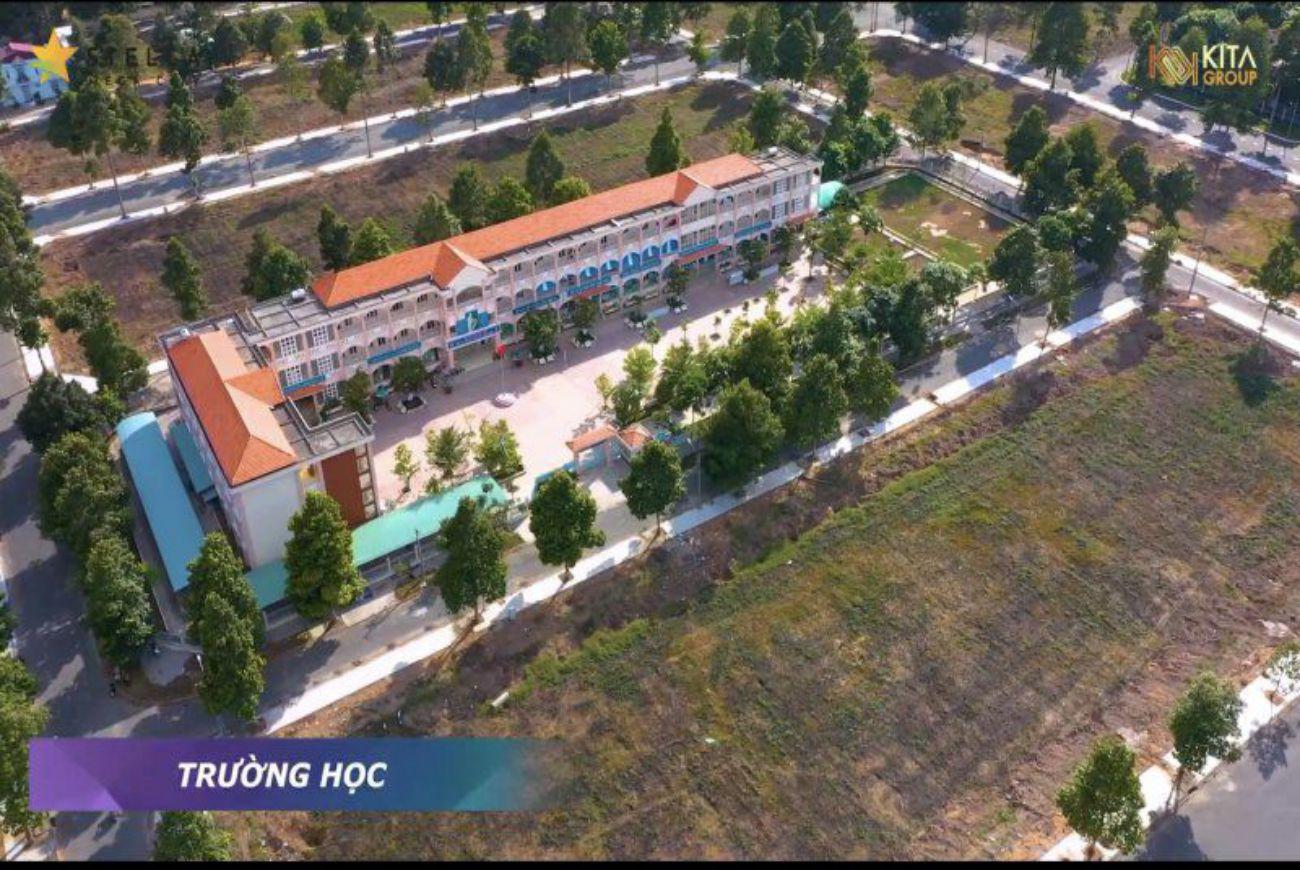 Trường học tại khu Stella Mega City